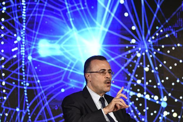 Saudi Aramco in talks to invest in West Coast refinery