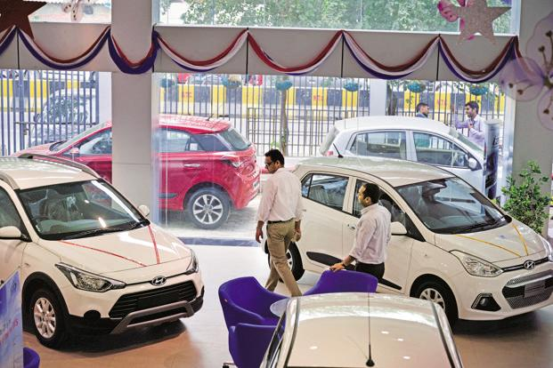 Rising fuel prices are expected to increase vehicle ownership costs by 3-5%, said Siam. Photo: Pradeep Gaur/Mint (Pradeep Gaur/Mint)