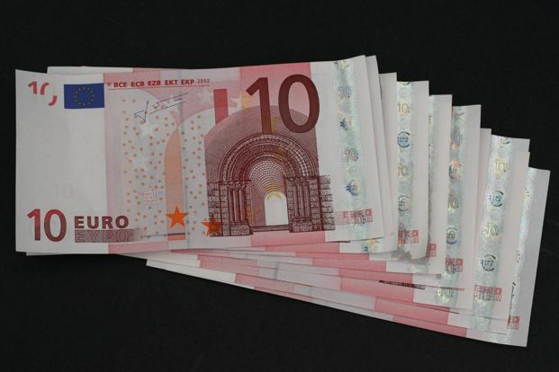 Euro's rise this year has lost some momentum in recent days as political concerns. Photo: Bloomberg