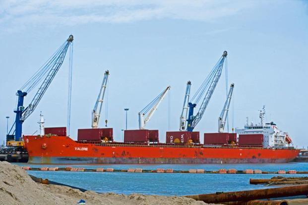 The Karaikal port in Tamil Nadu is currently equipped to handle only bulk cargo. Photo: Mint (Mint)