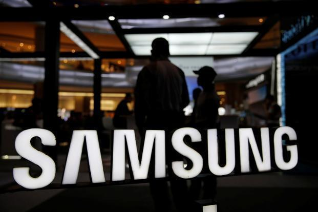 Samsung is counting on the S8 and Note 8 smartphones released this year to recover from last year's debacle with the Note 7. Photo: Reuters