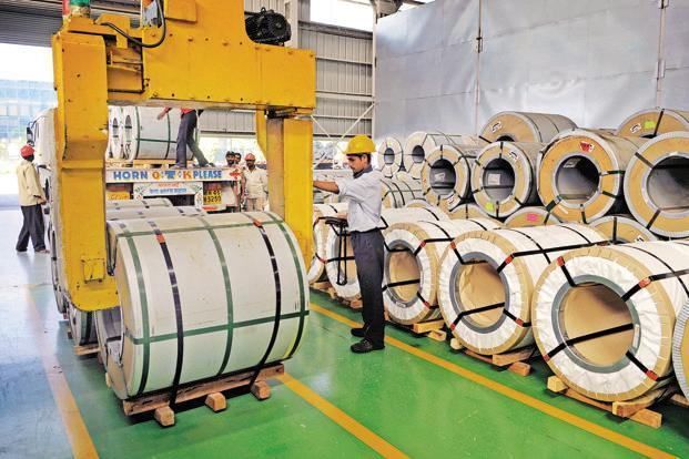 India's export soared by 25.67% to $28.61 billion in September, logging its highest growth in the last six months. Photo: Abhijit Bhatlekar/Mint