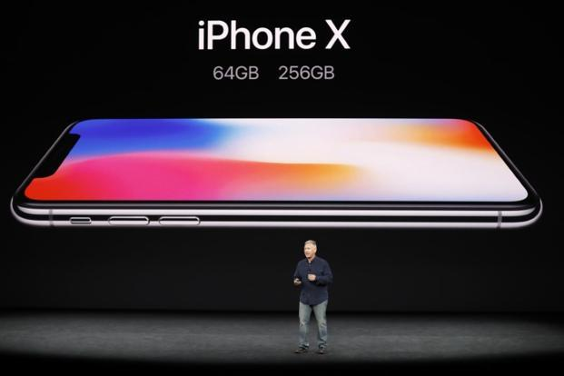 The iPhone X has a crisper OLED screen with slimmer bezels, matching recent designs from Samsung. Photo: Reuters