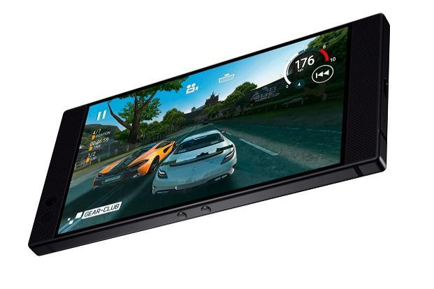 Razer Phone with World's first 120Hz UltraMotion display, Snapdragon 835 launched