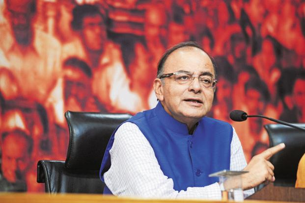 Arun Jaitley says the govt probe into the leaked Paradise Papers will follow the process similar to the one undertaken in 'Panama Papers' investigation. Photo: Ramesh Pathania/Mint