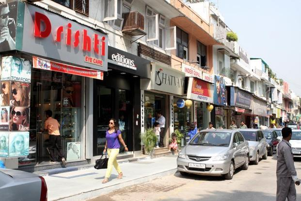 Monthly rentals at Delhi's Khan Market stood stable at Rs1,250 per sq ft in the past one year, but still its ranking improved. Photo: HT