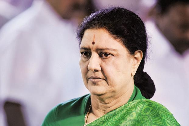 IT Raids Jayalalithaa's Poes Garden Residence, Followers Conduct Protest March