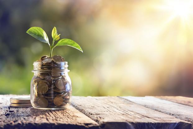 Stakeholders now reco­gnize the importance of res­ponsible investing and the role of financial markets in fostering sustainable development. Photo: iStockphoto