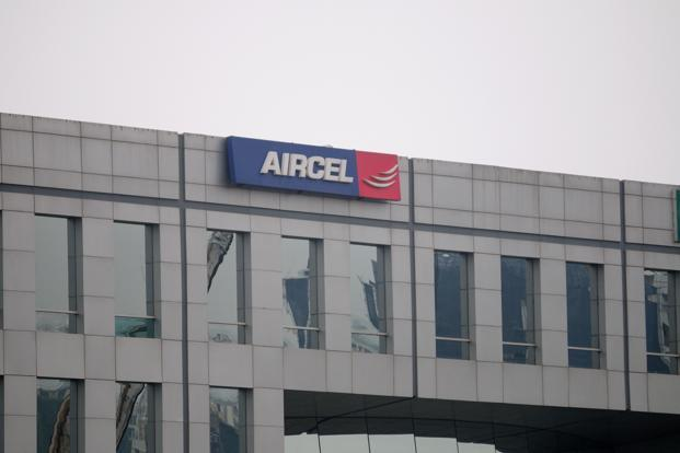 Aircel and its rival Reliance Communications had planned to combine their wireless operations, which would have moved part of the debt to the new company's books. Photo: Pradeep Gaur/Mint