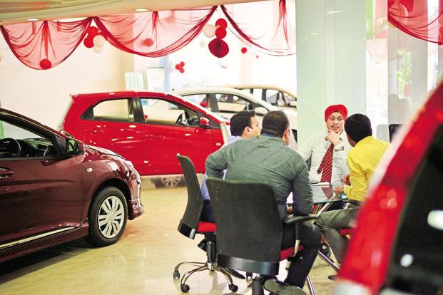 Auto sales numbers for November were helped by the low base in the year-ago period on account of the government's demonetisation drive. Photo: Pradeep Gaur/Mint