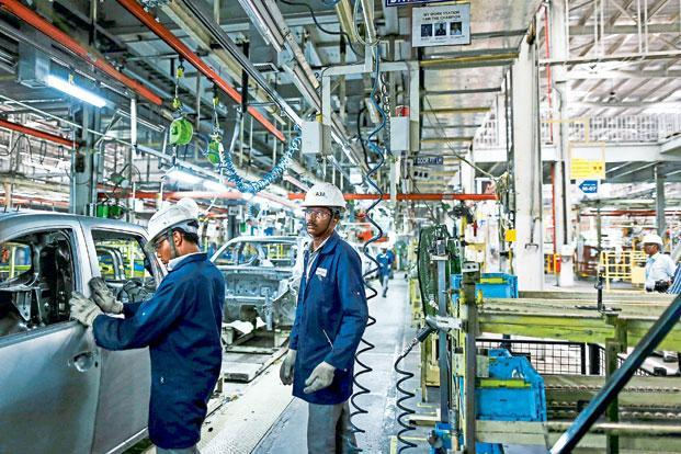 India Services PMI contracts in November
