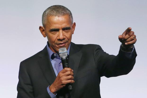 Obama Seemingly Makes Dig At Trump's Twitter Use