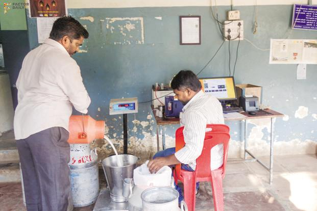 A milk collection centre in Bhilwadi. Photo: Pankaj Mishra/FactoDaily