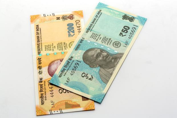 The Delhi HC had earlier refused to stay the printing and circulation of the new Rs 50 note, issued on 18 August. Photo: iStock
