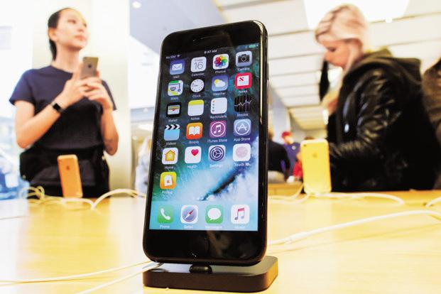 An app firm published data which appeared to show slower performance in Apple's iPhone 6s and iPhone 7 models as they aged. Photo: Reuters