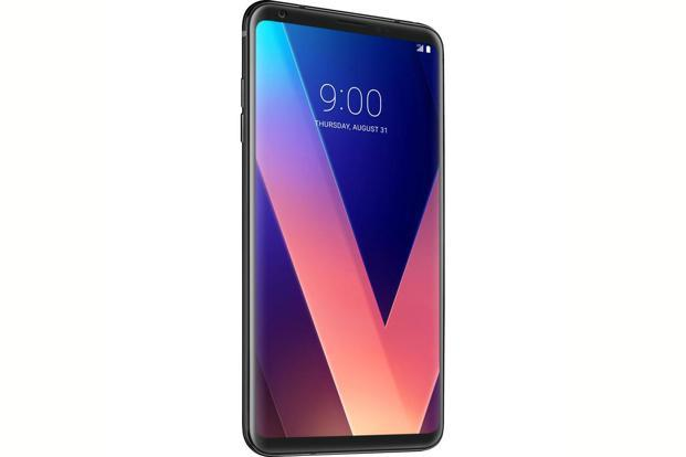 The V30+ has a 6-inch pOLED display that supports Dolby Vision and HDR10 standards.