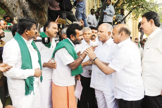 Mahadayi row: Farmers set Jan as deadline to fix talks with PM