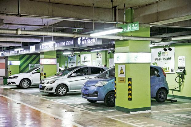 To promote local manufacturing of electric vehicles (EVs), Siam has also requested the government not to offer any custom duty concessions to completely built units (CBUs) that are imported.  Photo: Bloomberg