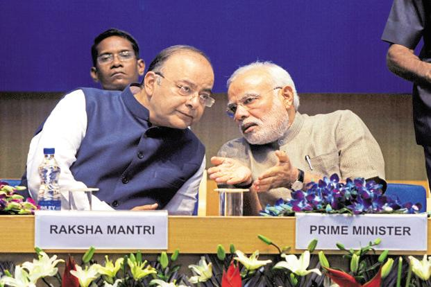 Given that inflation is on the rise and is likely to be in the near- to medium-term, the worry on the fiscal situation will weigh heavily on the mind of finance minister Arun Jaitley. Photo: HT