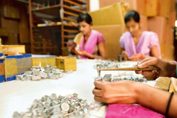 A big issue that is impairing the efficacy of the GST regime is that the small businesses are bearing a disproportionate burden in accounting for transactions from the unregistered segment. Photo: Priyanka Parashar/Mint