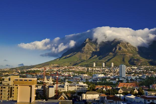 De Lille survives as Cape Town mayor but faces DA charges