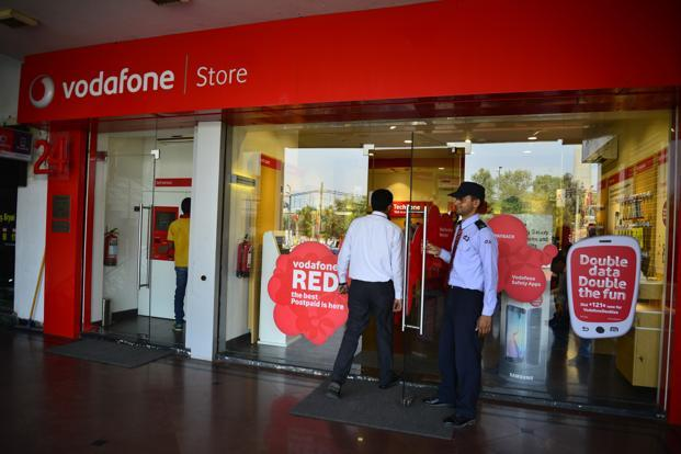 Airtel, Idea scrips end lower on ITR cut