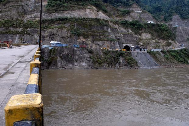 Nearly 100 gigawatts of electricity potential in India's rivers is lying untapped because of high tariffs. Photo: HT