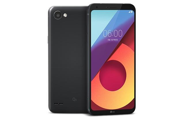 LG Q6, is selling at a discount of Rs3,000.