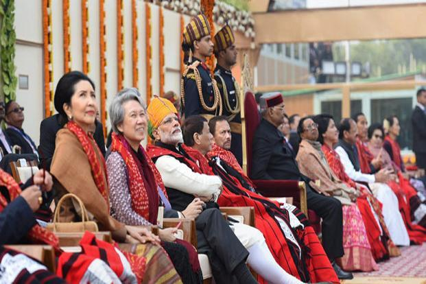 Prime Minister Narendra Modi with the heads of states/governments of Asean countries at Rajpath in New Delhi on Friday. Photo: PTI