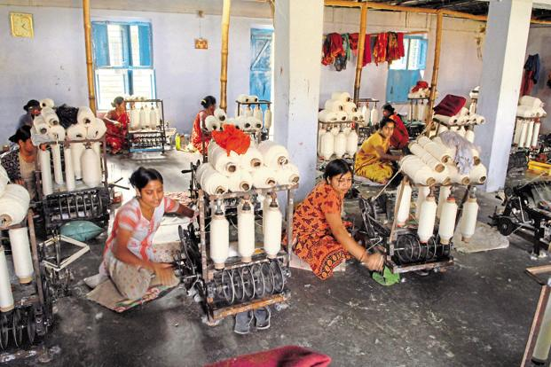 There are around 30 million establishments in India's informal economy, with MSMEs having a 32% share. Photo: Indranil Bhoumik/Mint
