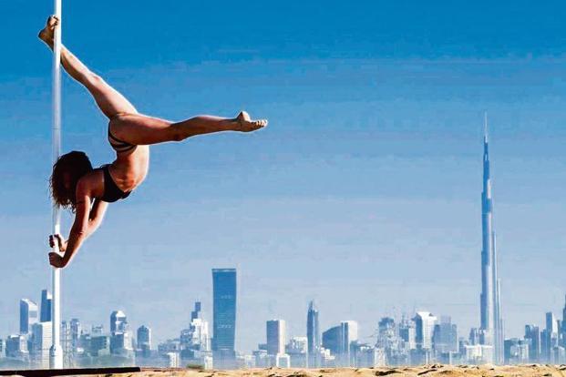 Pole trainer Roksolana Chubenko in Dubai. Courtesy Lanaroxy/Instagram