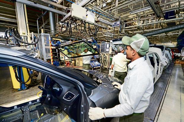 The emergence of electric vehicles means a new ecosystem will have to be built and a lot of component manufacturers who make engine parts, pistons, rubber tubes, etc, will have to shut shop or adapt. Photo: Ramesh Pathania/Mint
