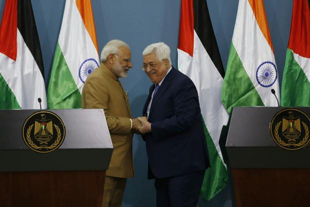 After their talks, Prime Minister Narendra Modi said he has assured President Mahmoud Abbas that India is committed to the Palestinian people's interests. Photo: AFP