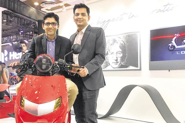 Parveen Kharb (left) and Vijay Chandrawat, founders of Twenty-Two Motors.