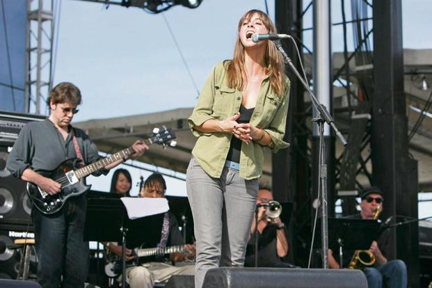 Cat Power and the Memphis Rhythm Band at the 2006 Vegoose Music Festival in Las Vegas. Photo: Jason Merritt/FilmMagic