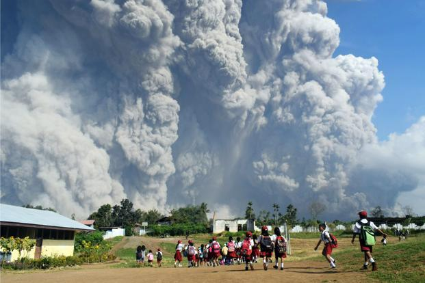 Indonesia's Mt. Sinabung spews massive smoke-and-ash column