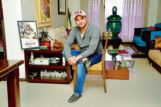 Mayank Sharma's father is an artist, and, growing up, he was exposed to both art and cinema.