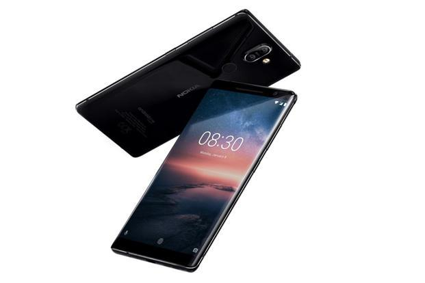 The Nokia 8 Sirocco will run Android Oreo—the Android One version.