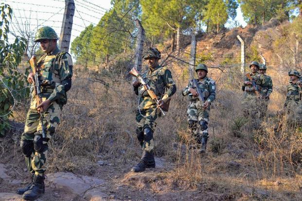 Pak yet again violates ceasefire, shells heavily on LoC in Rajouri
