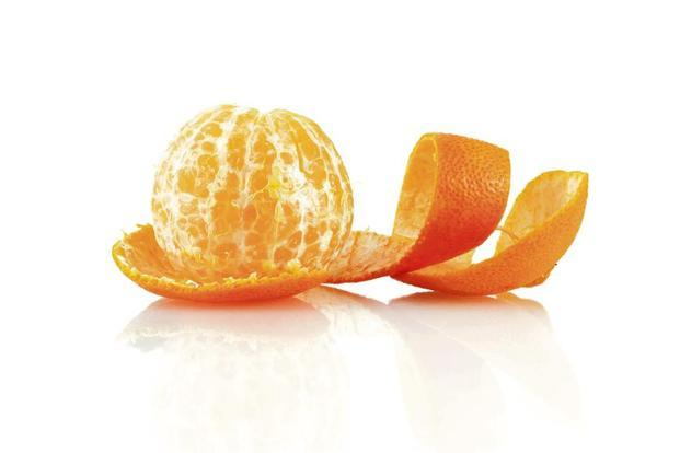 The orange peel is loaded with hesperidin, a compound that helps lower blood pressure and LDL cholesterol. Photo: iStockphoto