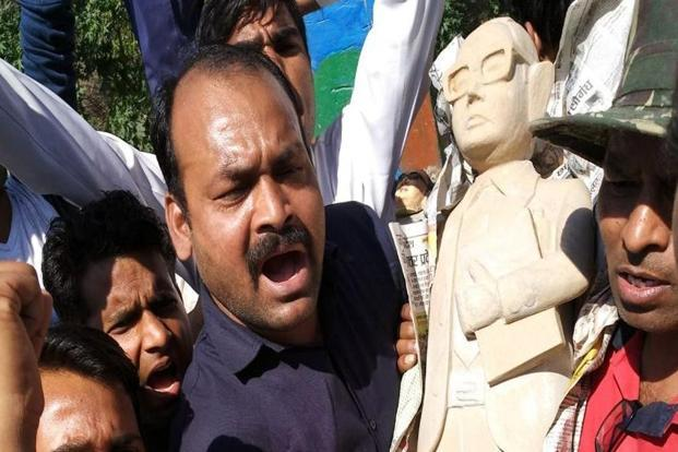 A new statue of B.R. Ambedkar being installed in place of the one vandalised in Meerut on Wednesday. Photo: HT