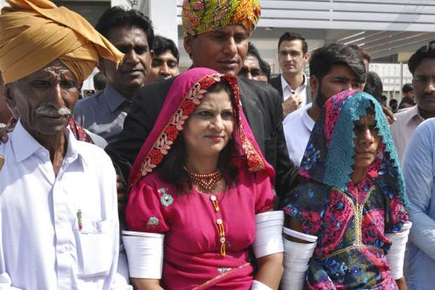 Krishna Kumari (centre), newly elected senator of the Pakistani Hindu Community, arrives at the Parliament with her family members in Islamabad on 12 March. Photo: AP