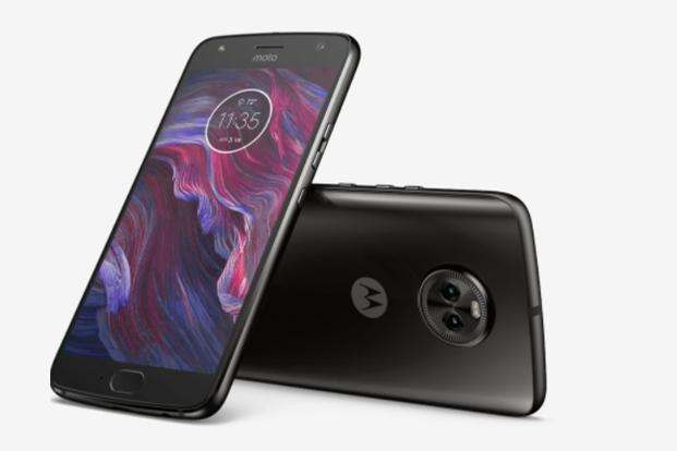 The Moto X4's USP is its premium glass back design, powerful innards which includes Qualcomm Snapdragon 630 octa core processor paired with 6GB RAM.