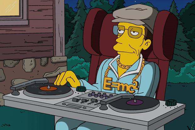 Stephen Hawking doubles up as a DJ for 'The Simpsons' video game.