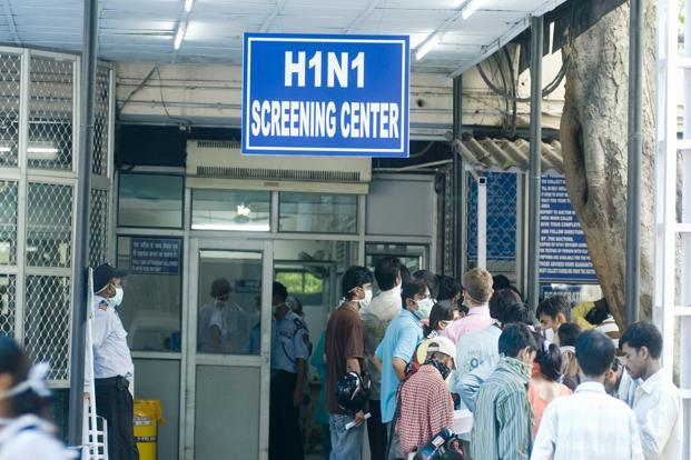According to the statistics available with the health ministry, 2,266 deaths were reported due to H1N1 in 2017, with the highest number of cases in Maharashtra (778), Gujarat (431) and Rajasthan (279).  File photo: Ramesh Pathania/Mint