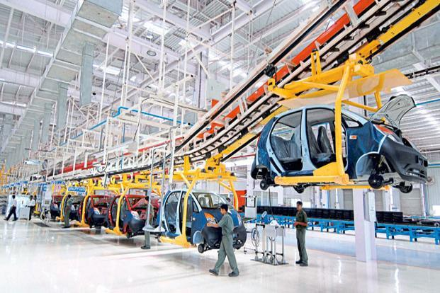 A file photo of a Tata Motors plant. Rajendra Petkar was previously heading the power systems engineering (PSE) unit at Tata Motors since October 2013 where he was responsible for design and development of engines, transmissions and advanced powertrain concepts. Photo: Abhijit Bhatlekar/Mint