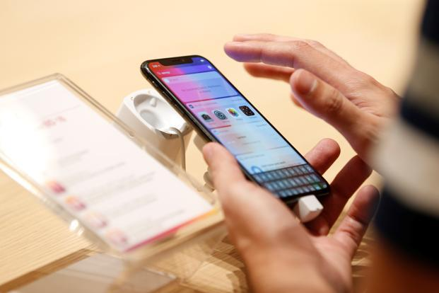 Apple working on iPhones with touchless control, curved screen