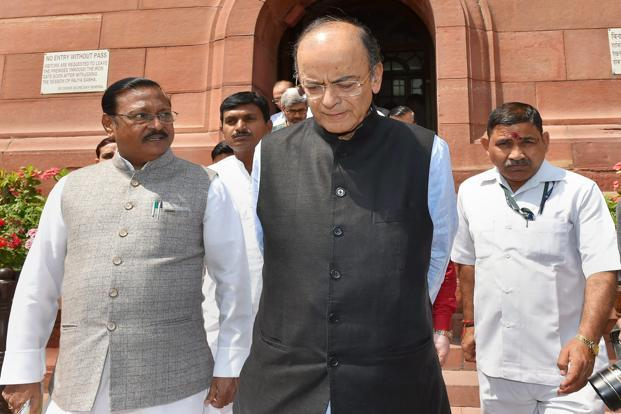 Under treatment for kidney-related problem, says Arun Jaitley