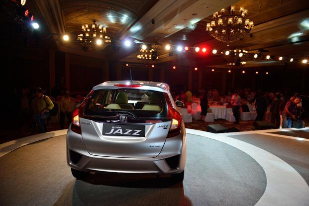 Honda Relaunched The Jazz In India 2015 But After An Enthusiastic Start Sales