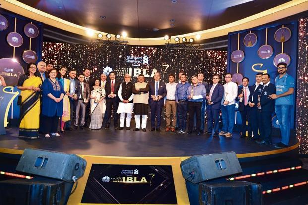 Award winners and judges at the CNBC-TV18 India Business Leader Awards 2018. Photo: Pradeep Gaur/Mint